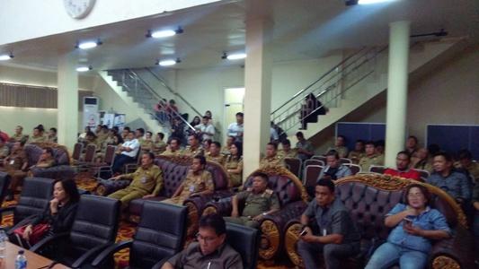 Suasana paripurna DPRD Kota Manado Senin 22 januari 2018.