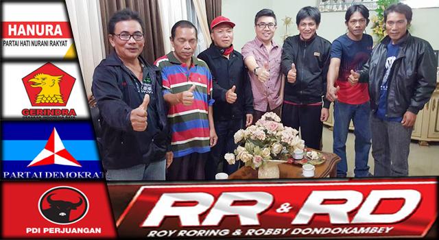 Stefen Supit (tengah) bersama pengurus PDIP Kawangkoan