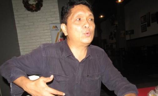 TAUFIK TUMBELAKA: Fenomena Intelektual Tukang Mengancam Demokrasi Subtansial