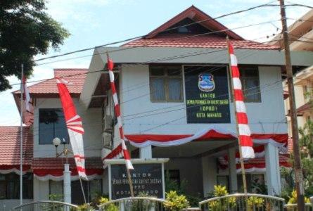 Kantor DPRD Kota Manado.