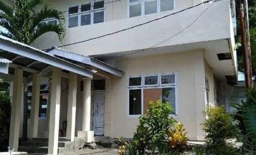 Puskesmas Bunaken Kepulauan Tutup, Anggota Komisi D Geram