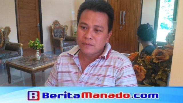 Hukum Tua Desa Paslaten Satu, Steven Tumundo Saat Memberikan Keterangan
