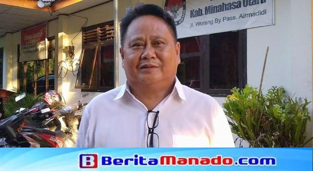 Ketua KPUD Minut Julius Randang.