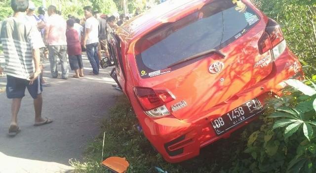 Kondisi mobil Agya usai mengalami lakalantas.