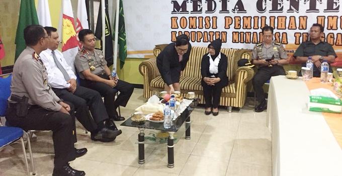 Kapolda berdiskusi dengan KPU dan Panwas Mitra