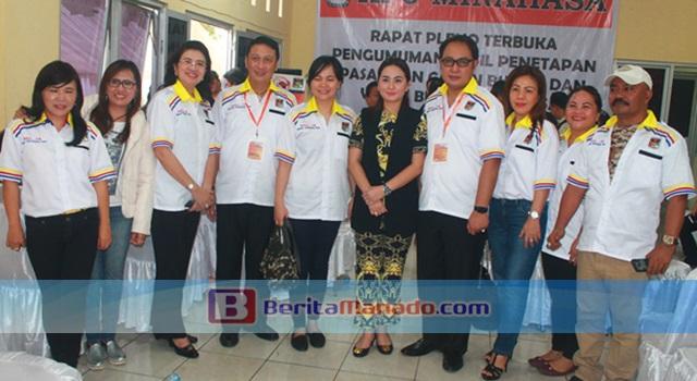 Ivan Sarundajang dan Careig Runtu bersama kader dan pengurus Partai Golkar Minahasa
