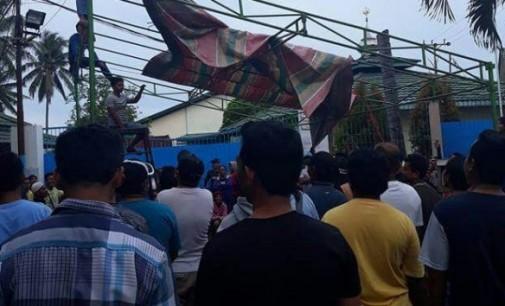 PT Delta Hanya Sanggupi Bayar 15%, Ratusan Karyawan Blokir Pintu Masuk Perusahaan