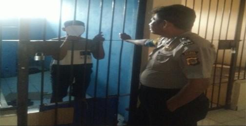 FA dibalik jeruji sel tahanan Polsek Matuari