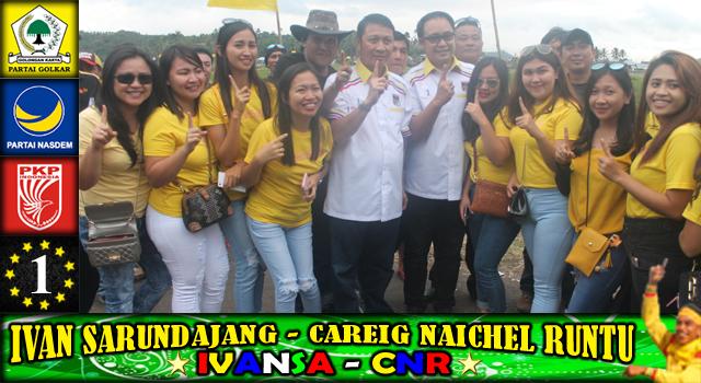 Ivan Sarundajang dan Careig Naichel Runtu bersama anak-anak muda pendukung