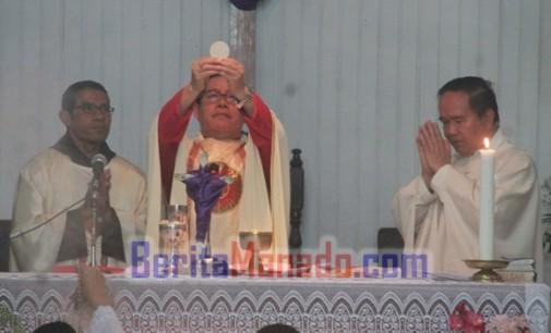 Perayaan 5 Tahun Paroki St. Yosep Kawangkoan, Mgr. ROLLY UNTU Tekankan Kesederhanaan