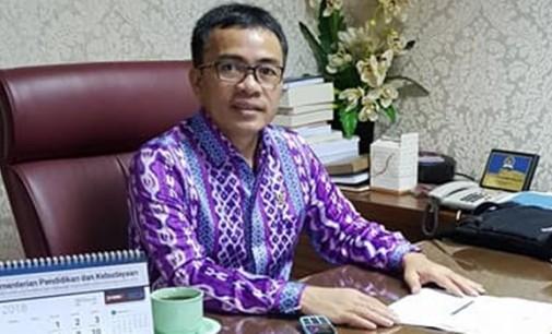 STEFANUS LIOW Perjuangkan Nasib Bidan Sulawesi Utara