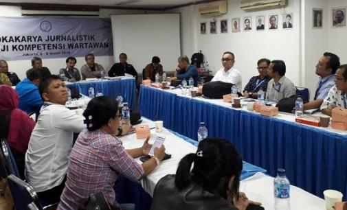 Wartawan Senior JUFRI ALKATIRI Mengibaratkan Jurnalis Anjing Penggonggong yang Tangguh