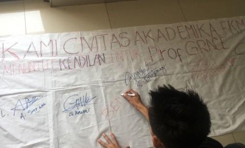 Mahasiswa FKM Kumpulkan Tanda Tangan Dukung Grace Kandou