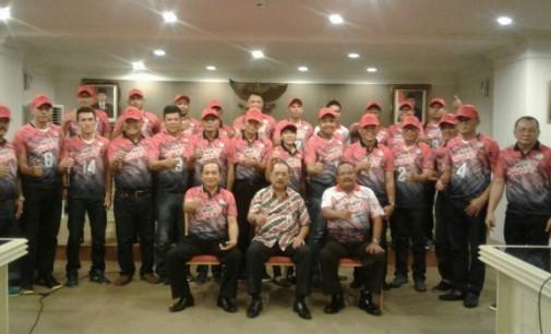 Wakili OLLY DONDOKAMBEY, Edison Humiang Lepas Tim Kawanua Bola Voli ke Kerjurnas Galatua di Samarinda