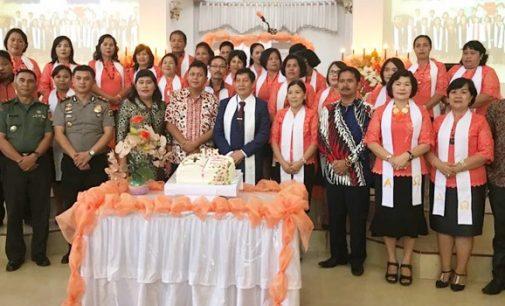 Vicky Lumentut Pimpin Ibadah Syukur HUT ke-185 GMIM Kalvari Kali