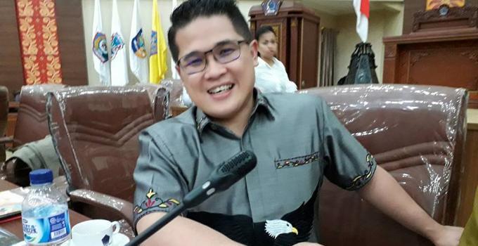 Billy Lombok di rapat Pansus LKPJ bersama SKPD Pemprov Sulut