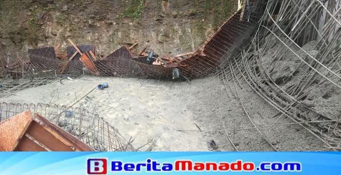 Material jembatan yang ambruk.
