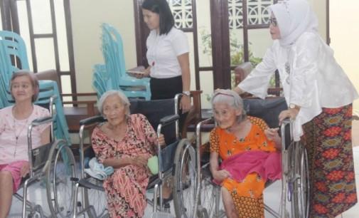DWP Basarnas Manado Berbagi Kasih di Hari Kartini