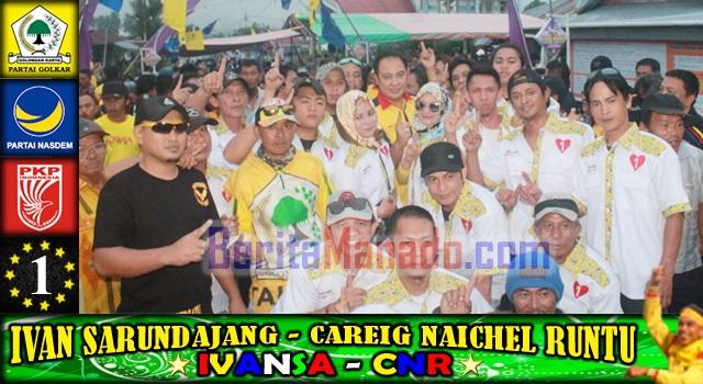 Careig Naichel Runtu bersama para pendukung