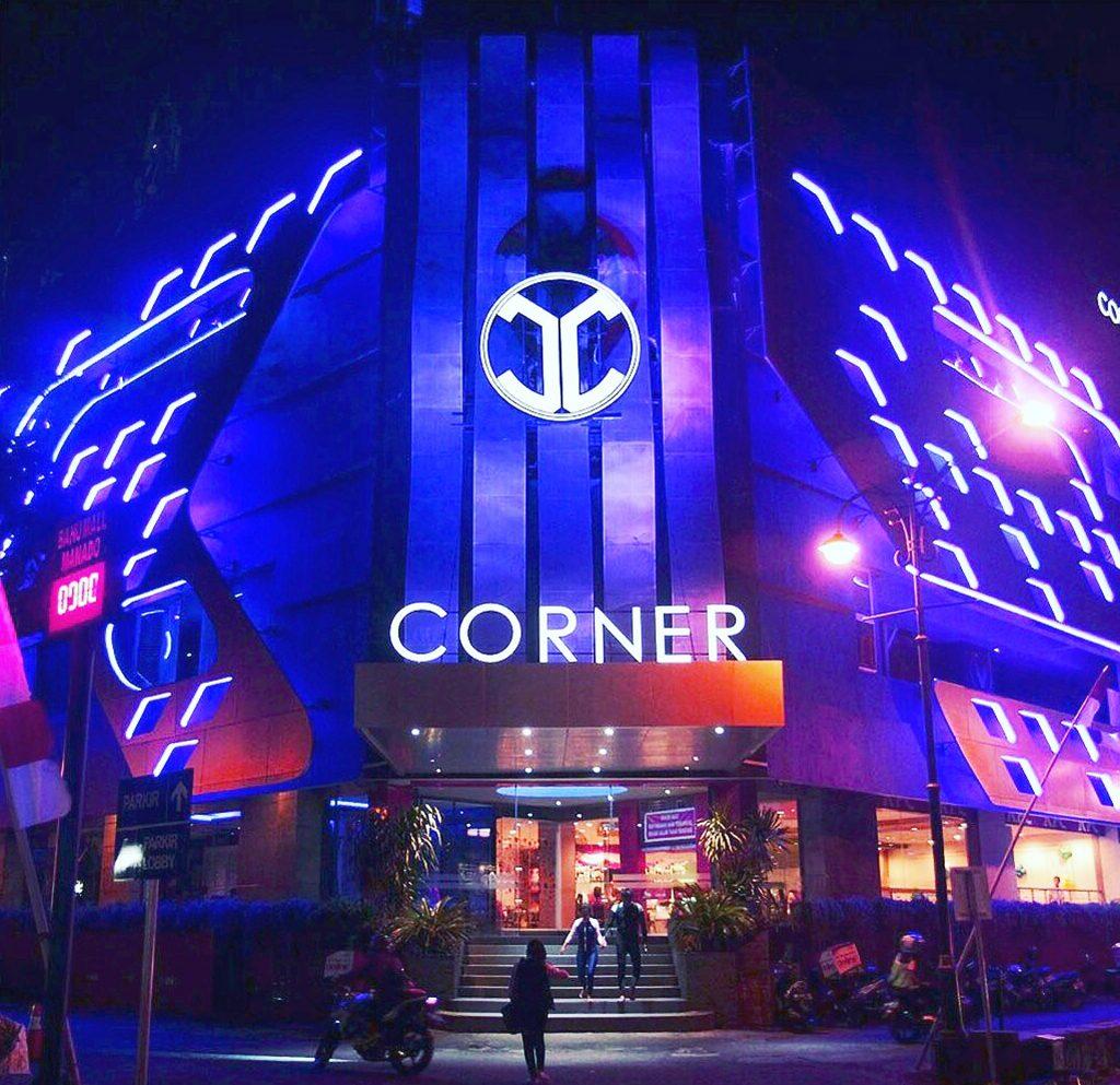 Corner Club Manado