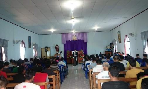 Maknai Paskah, GAMKI Manado Gelar Ibadah Bersama Warga Binaan Rutan Malendeng