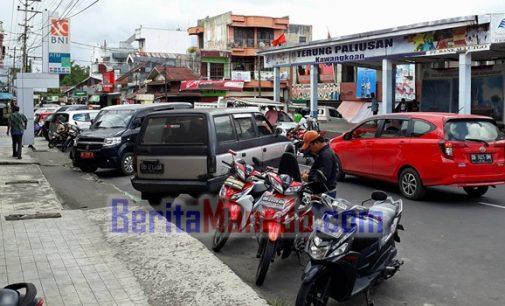 Warga Sorot PAD Parkiran Kendaraan di Kawangkoan