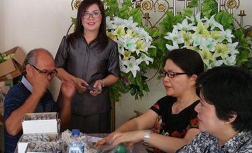 LUCIA TAROREH Reses dan Bakti Sosial di Ranowangko