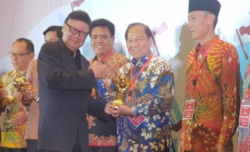 Bitung Juga Raih Penghargaan Universal Health Coverage JKN-KIS Award 2018