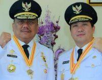 OLLY-STEVEN Kembali Raih Penghargaan Presiden, JEMS TUUK Ingatkan Pejabat SKPD dapat Mengimbangi