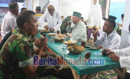 Ini Suasana Buka Puasa Bersama di Masjid Baiturahman Amongena