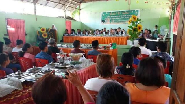Kegiatan Halal bi Halal di Kecamatan Tompasobaru