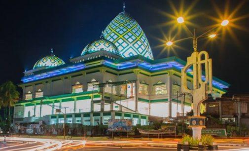 Lihat Masjid Ini di Malam Hari Ternyata Sangat Mengagumkan