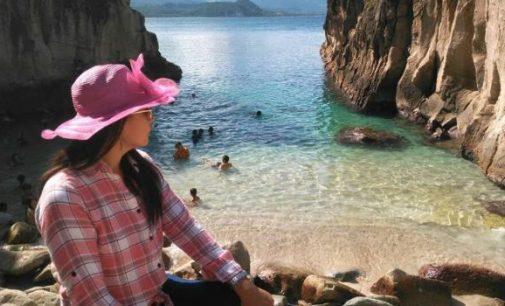 Pesona Luar Biasa Pantai Ini Diapit Dinding Batu Bagaikan Putri Raja