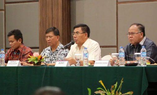 ROYKE MEWOH Buka Bimtek Perencanaan Pembangunan Daerah
