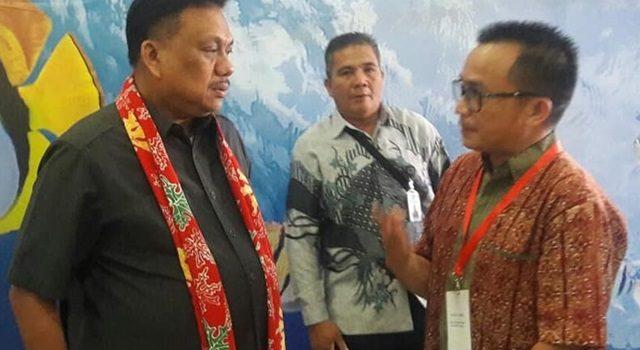 Dino Gobel bersama Gubernur Sulut Olly Dondokambey