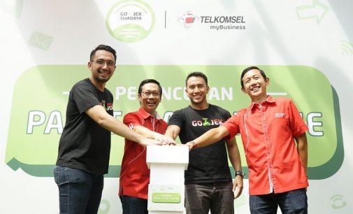 Hemat Pulza, GO-JEK dan Telkomsel Luncurkan Paket Komunikasi Mitra Se-Indonesia