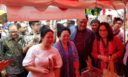 Peringati 60 Tahun Persahabatan Indonesia-Jepang, Megawati Kunjungi Stand Sulut di Tokyo