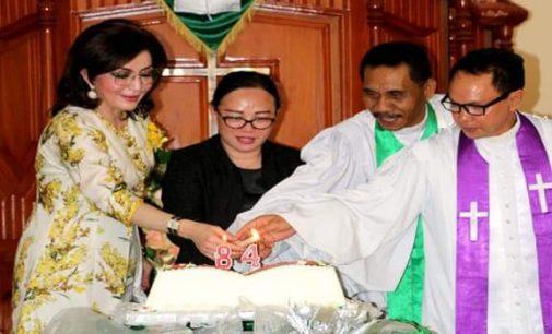 Bupati TETTY PARUNTU, Dilantik Ketua Umum Panitia Sidang Raya KGPM se-Indonesia