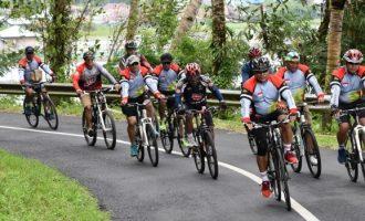 Pantau Wilayah Danau Tondano Dengan Bersepeda, Brigjen TNI Robert Giri Justru Temukan Hal Ini
