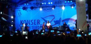 Grup Band Kotak Gempar Masyarakat Sangihe Lewat Konser Pada Malam Kenegaraan