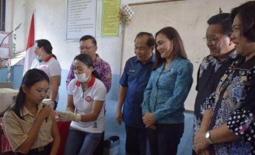 Wali Kota dan Wawali Bitung Pantau Imunisasi MR