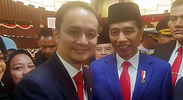 Jerry Sambuaga dan Jokowi
