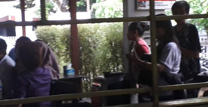Pengamen menjamur pertanda orang miskin bertambah di Sulut?