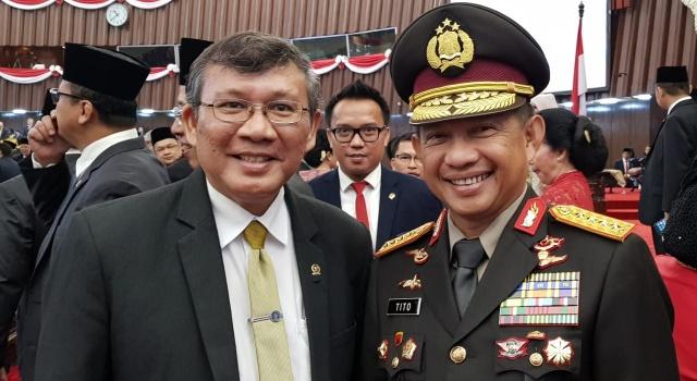 Marhany Pua bersama Jenderal Tito Karnavian