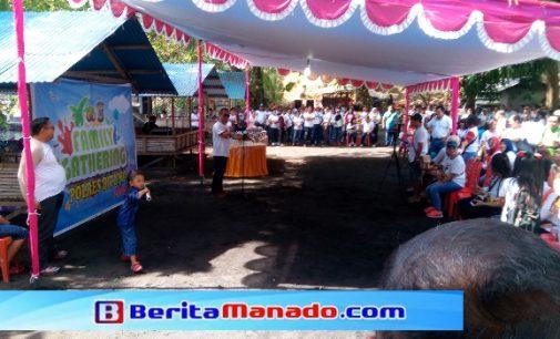 Bersih-bersih Pantai Warnai Family Gathering Polres Bitung