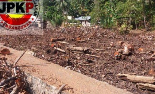 Hutan Mangrove di Pasir Panjang Lembeh Bitung Dibabat