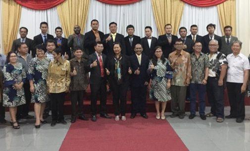 Yudisium dan Penamatan Mahasiswa Politeknik Manado, Ini Kata Tonny Lasut Wakili Mahasiswa