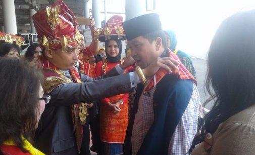 Rombongan Wagub Steven Kandouw Menarik Perhatian Acara di Medan