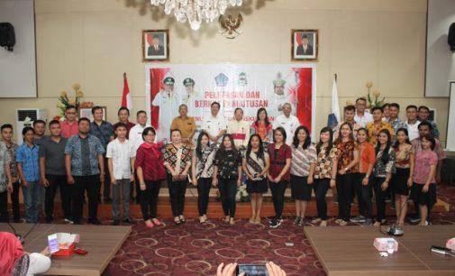 Steven Kandouw Lepas Kontingen Pesparani Keuskupan Manado