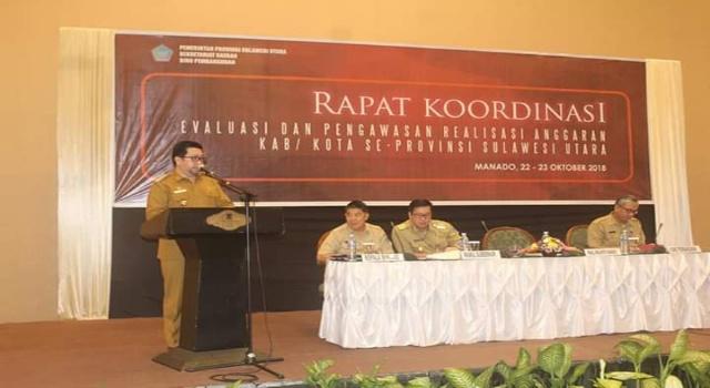Wakil Wali Kota Manado, MOR Dominus Bastiaan saat membawakan sambutan Wali Kota Manado, Vicky Lumentut. (Foto Ist)